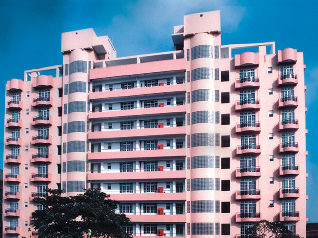 PALM COURT APARTMENTS AT 1B, 6TH LANE, COLOMBO 3.