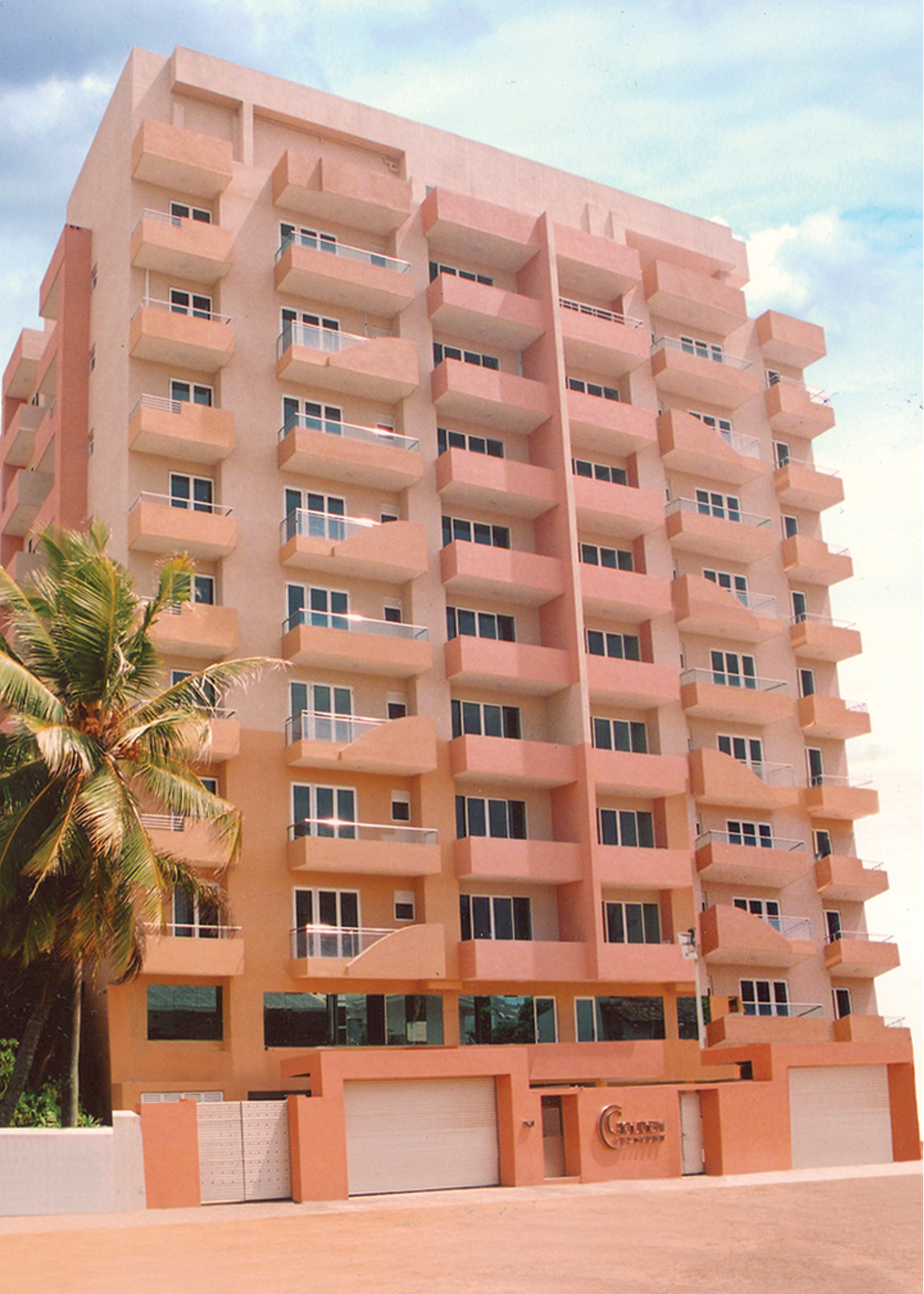 GOLDEN CRESENT APARTMENT COMPLEX AT 123, NEW CHETTY STREET, COLOMBO13.